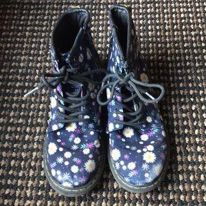 Dr Martens Delaney Boots, Size 3